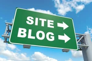 what is difference between website and blog